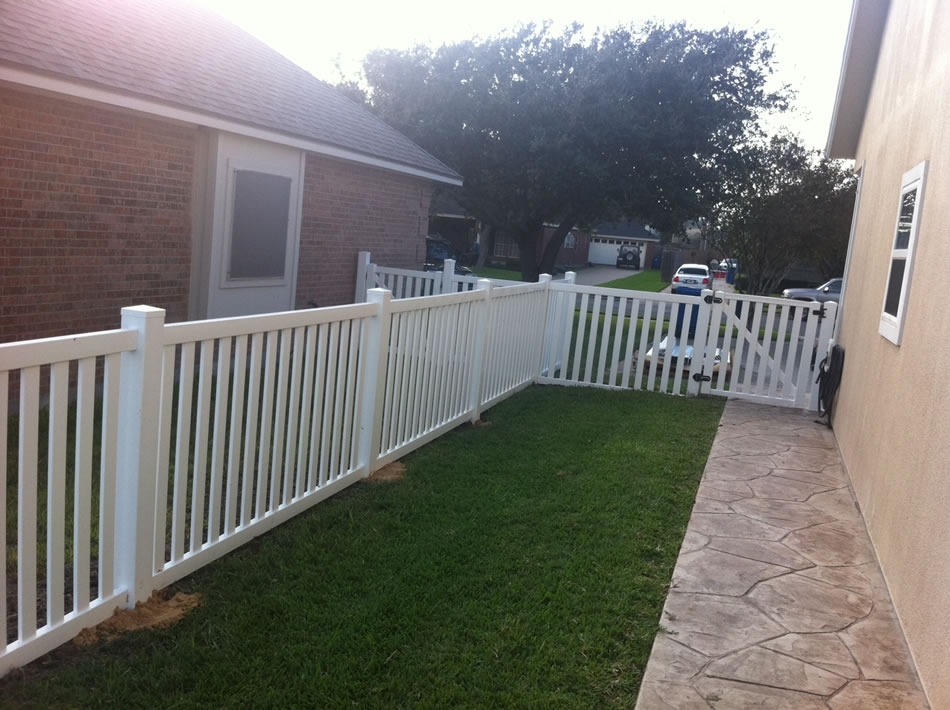 Vinyl Fence Contractor South Texas Fence And Deck